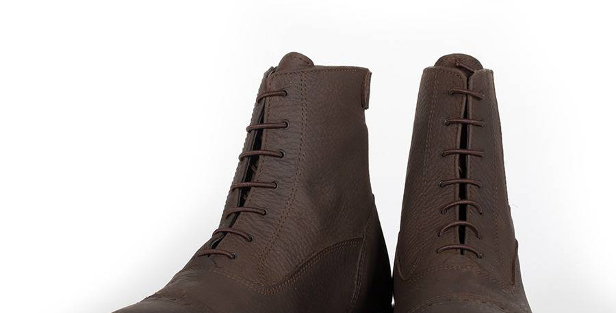 Boots avec lacets