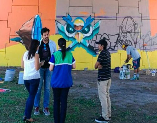 Youth Leaders from El Salvador designing a mural painting for a Youth Innovation Project