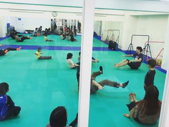 走・跳・投!運動神経を伸ばすキッズコア運動|大阪江坂の運動教室