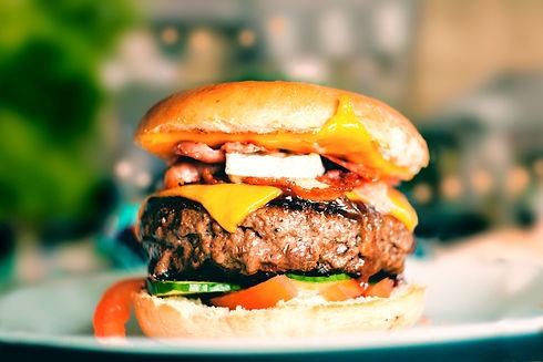 Cheeseburger_edited.jpg