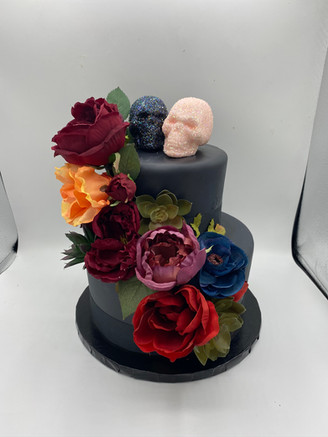 Black skull wedding cake
