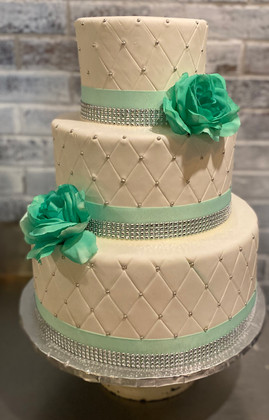 3-tier white and green