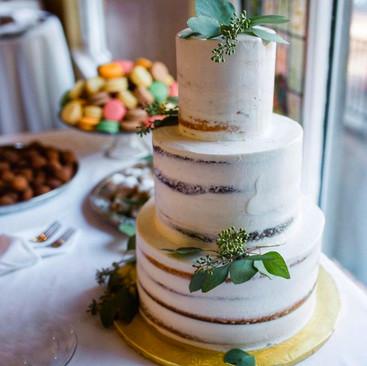 3 tier scrape cake