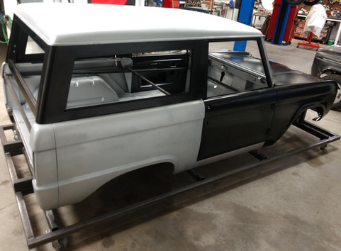 Bronco Complete with roof