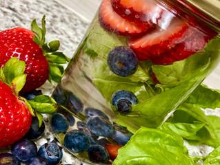 Berry DETOX water 💧🍓🍃