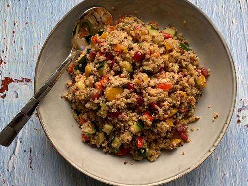 Kolorowa quinoa na ponure dni
