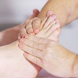 foot-massage-2133279_1920.jpg