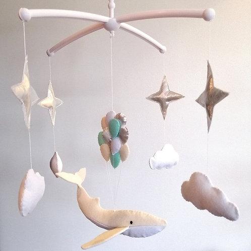 Mobile musical Baleine beige et ballons bleu