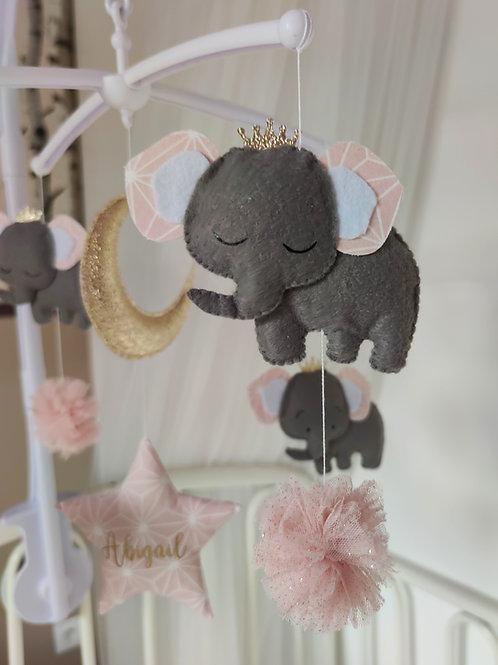 Mobile musical Éléphants rose