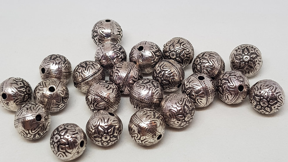 8mm Antique Silvertone Rounds