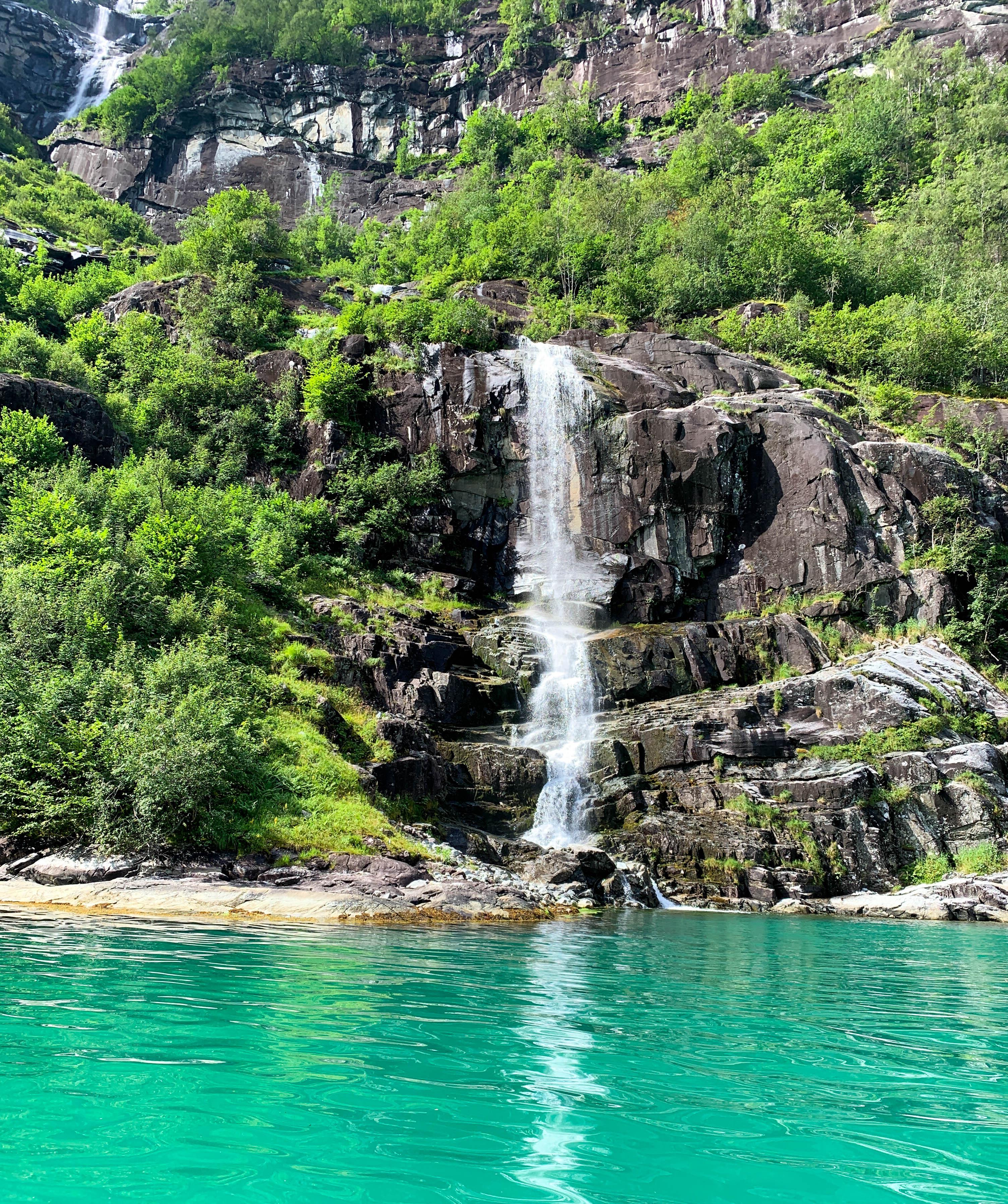 Fyksesund waterfall