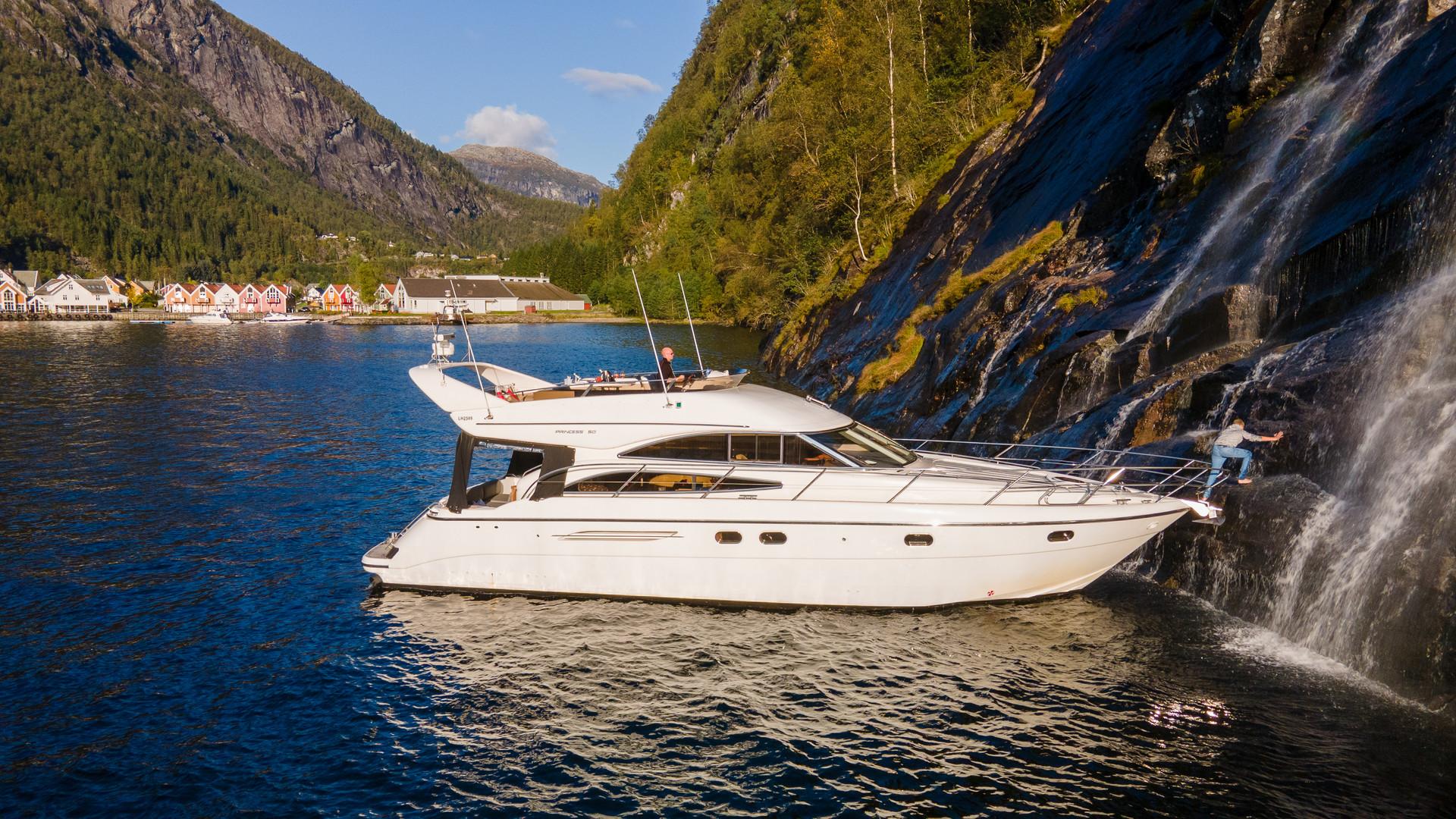 Hardanger Fjord-10.jpg