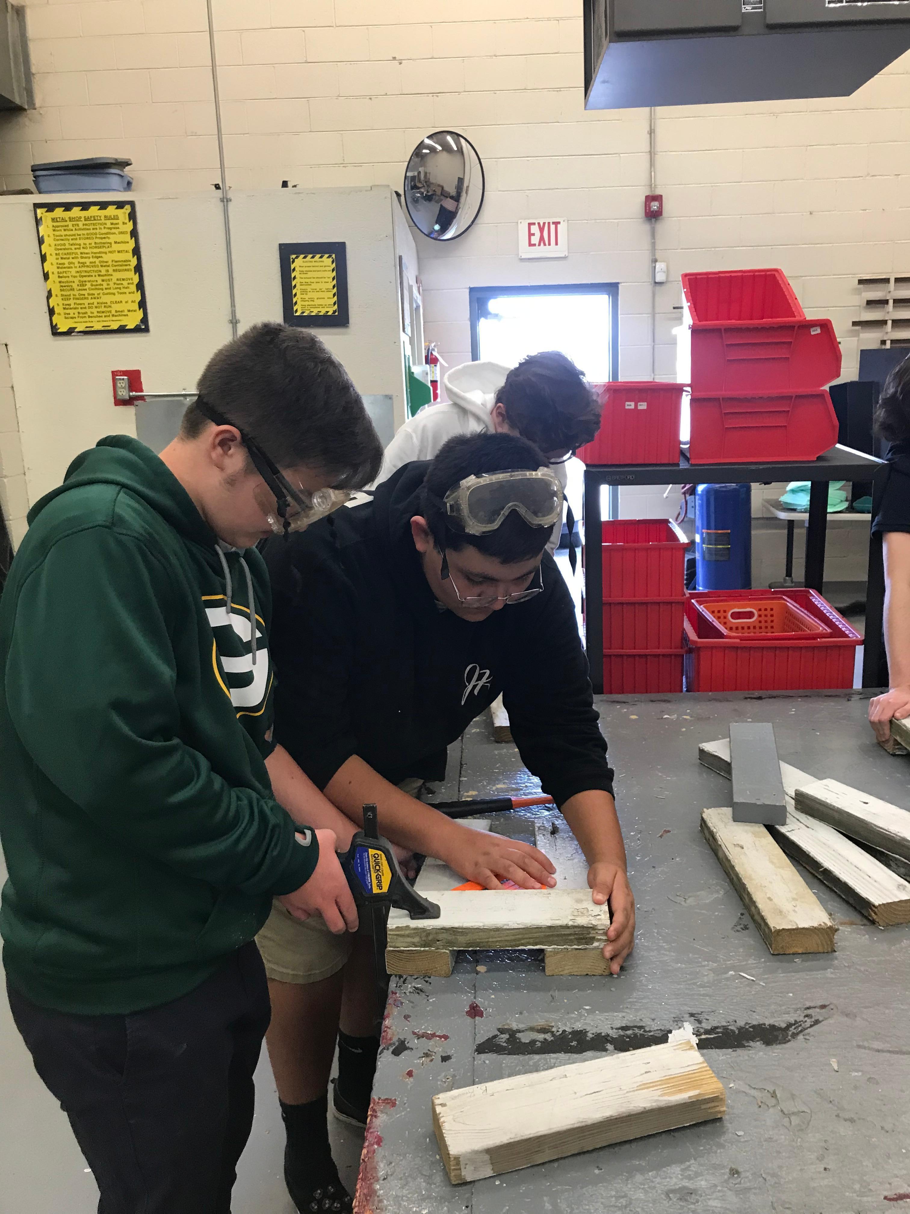 Students in Ag. Mechanics