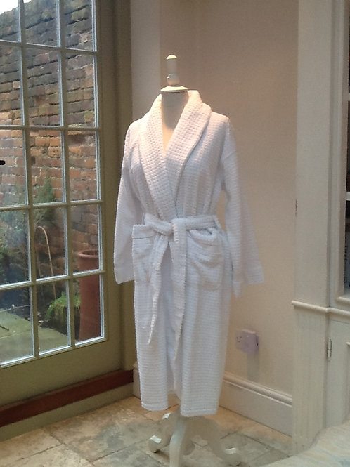 Luxurious 100% cotton dressing gown