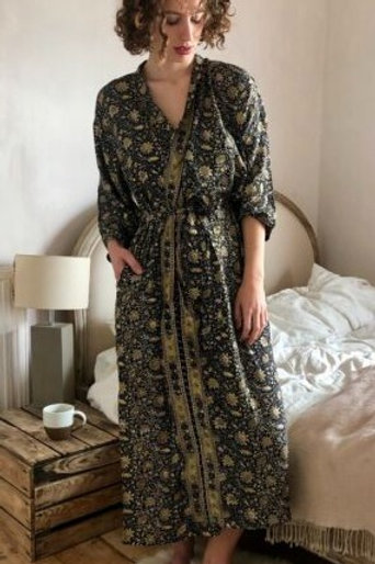 Goldie dressing gown