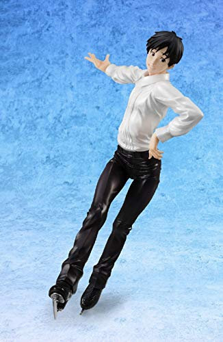 Megahouse Yuri!!! on Ice: Yuri Katsuki with Makkachin G.E.M. PVC Figure
