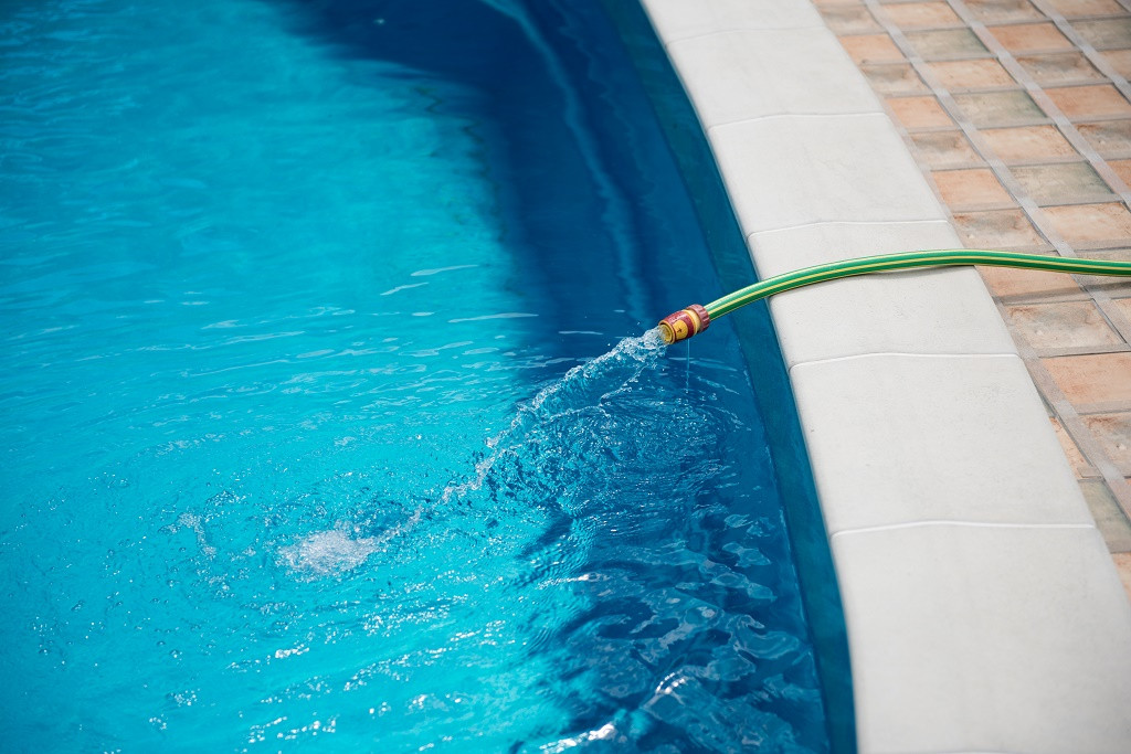 filling-pool-with-water.jpg