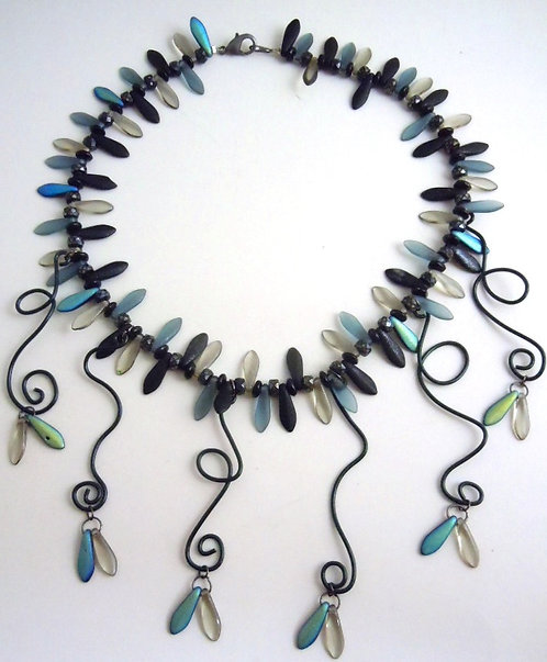Blackness Entwined Necklace