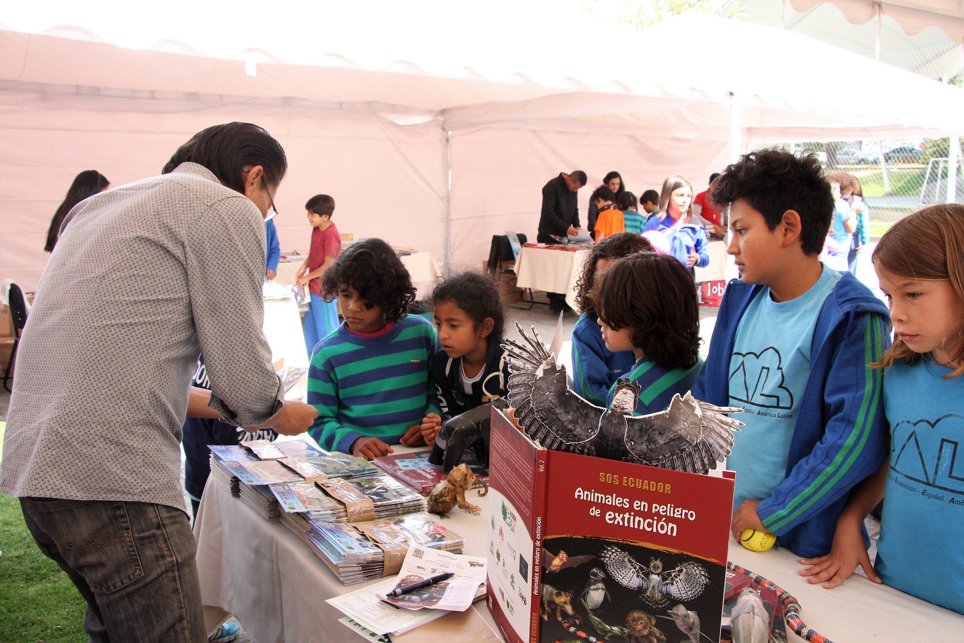 Ferias del libro y de ciencias en instituciones educativas