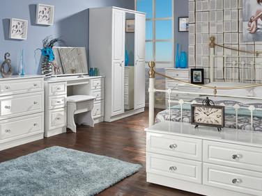 Balmoral Main Room Set.jpg