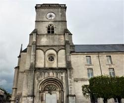 Eglise abbatiale Saint Michel