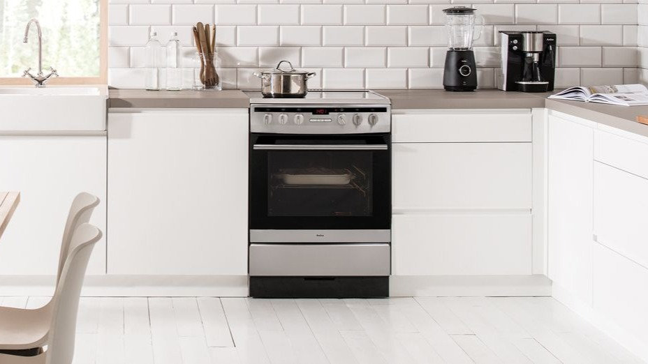 Electric Oven Disconnection and Re-connection Service