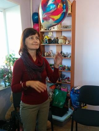 наш ассистент Оксана Лосова