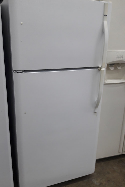 """30""""width Kenmore top and bottom fridge white"""