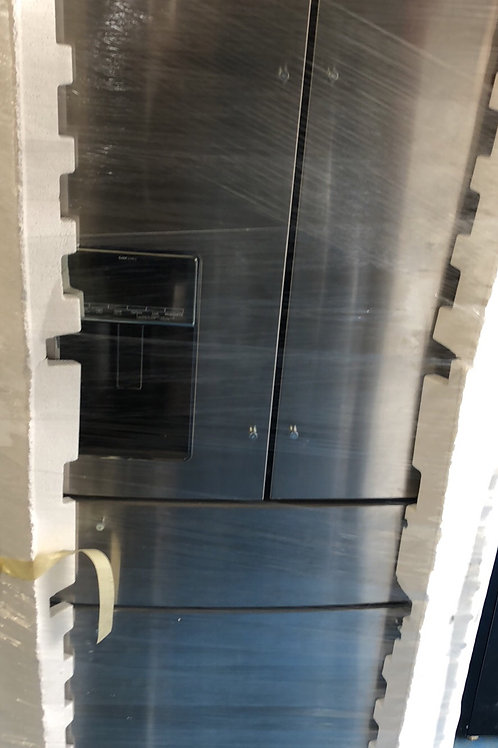 Brand new stainless whirlpool 4door Frenchdoor Water ice on door with 1 year war