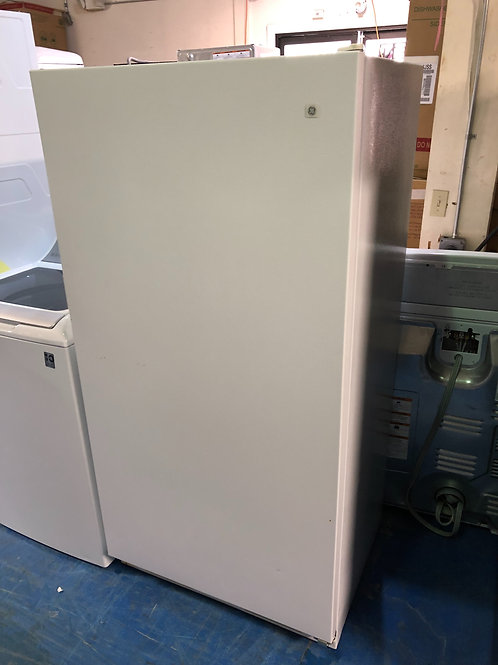 Refurbished upright freezer with 90 days warranty