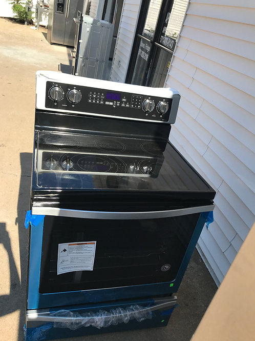 Brand new scratch dent Stainless stove 1 Year Warr