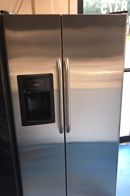 Ge Stainless sbs Fridge w/Ice With 90 Days Warrant