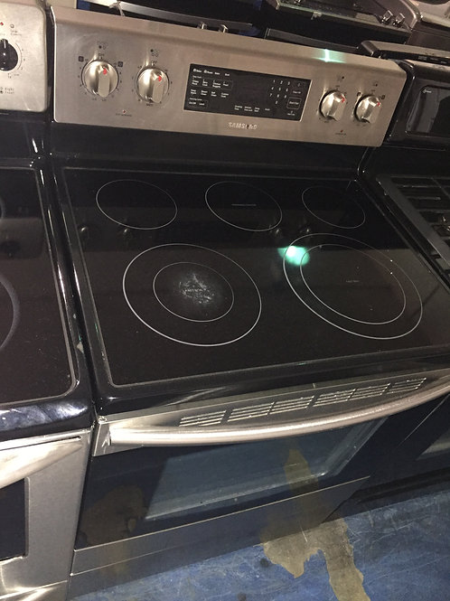 "30""Samsung stove with 90 days warranty"