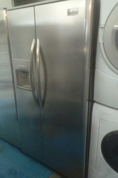 "36"" Frigidaire stainless Steel fridge"