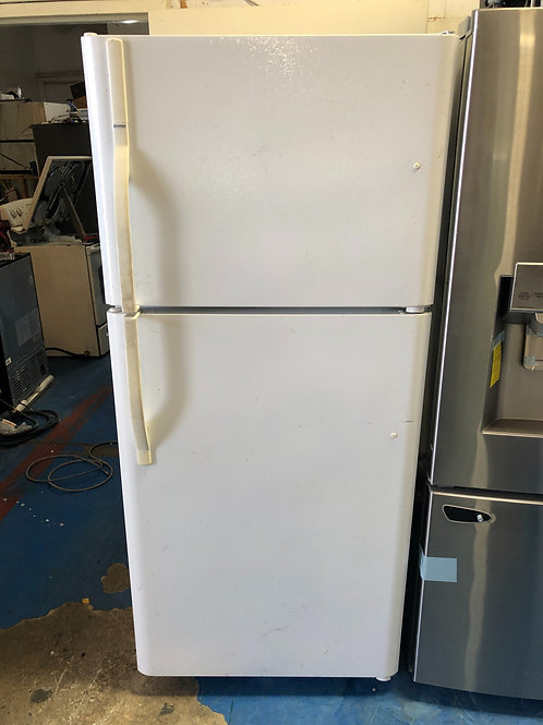 "Kenmore 30""top bottom fridge with 90 days warranty"