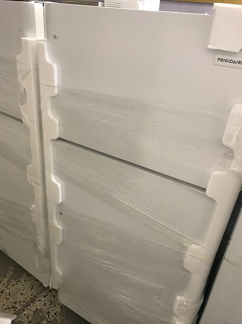 Frigidaire brand new open box top and bottom fridge with warranty.