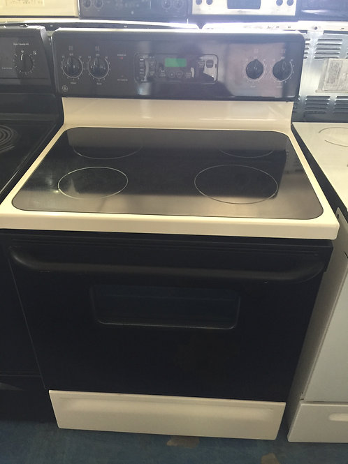 Ge electric stove great works with 90 days warrant