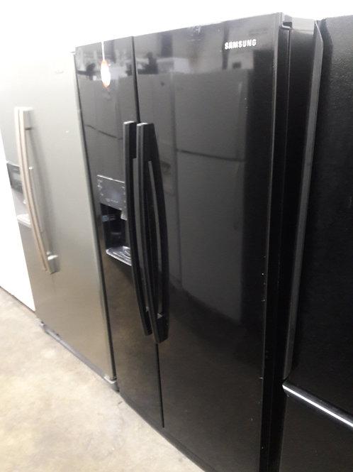 """36"""" width Samsung side by side fridge black"""