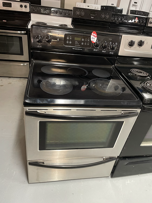 Frigidaire refurbished 5 burners electric glass top stove with 45 days warranty.