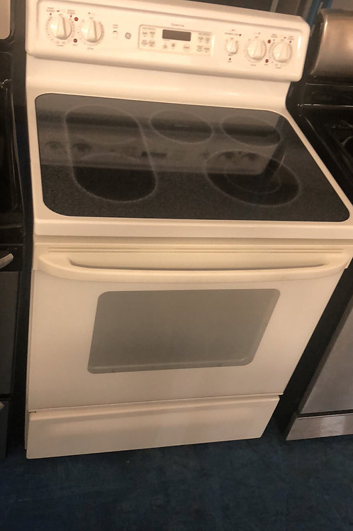 Ge electric smooth top stove great works with 90 days warranty