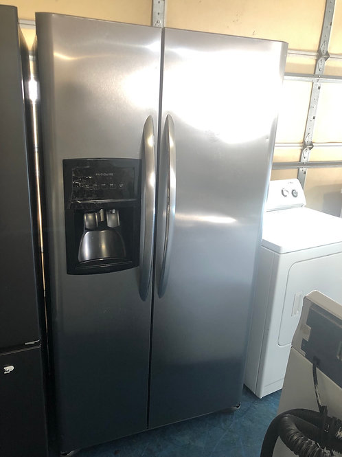 "36""frigidaire stainless side by side fridge great works with 90 days warranty"