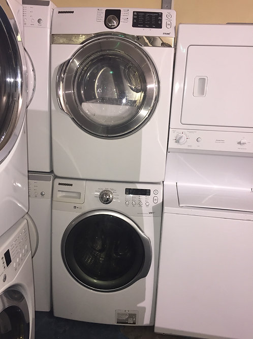 "27""Samsung washer dryer with 90 days warranty"