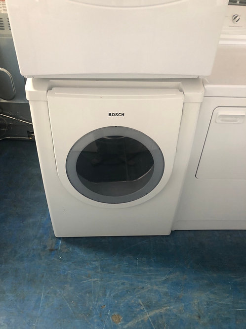 Bosch stackable electric dryer Great works with 90 days warranty