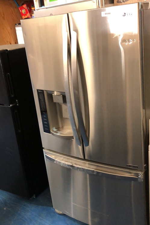Brand new scratch and dent stainless Frenchdoor with 1 year warranty