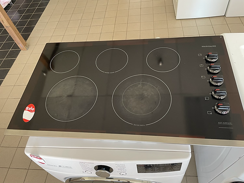 """Frigidaire used 36"""" Cooktop stainlees steel electric with 5 burners."""