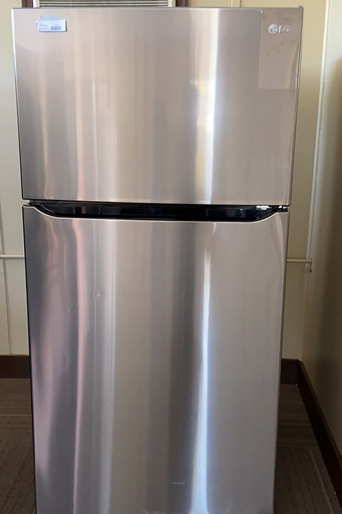 """Brand new scratch dent 33"""" lg stainless top bottom fridge with waranty"""
