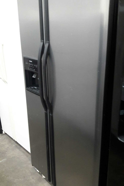 """36""""width Kenmore side by side fridge"""