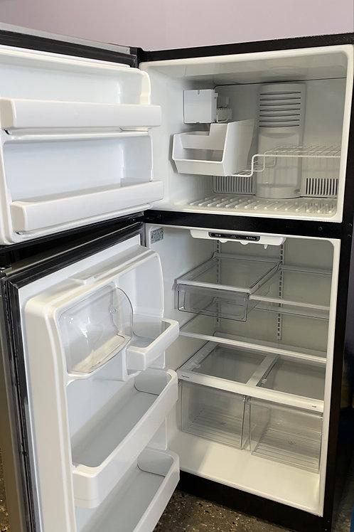 ge top and btom fridge stainles steel fridge