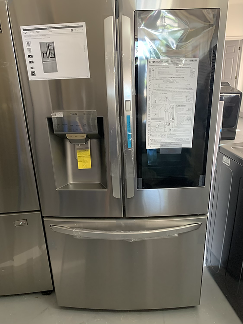 Brand new scratch and dent instaview refrigerator with 1 year warranty