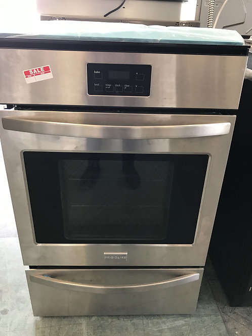 Frigidaire brand new single gas wall oven with 1 year warranty delivery install.
